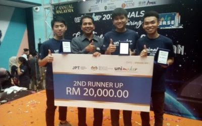 Faculty of Engineering students winning Second Runner Up in UNIMAKER 2018